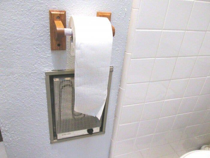 Wall mounted bathroom heater