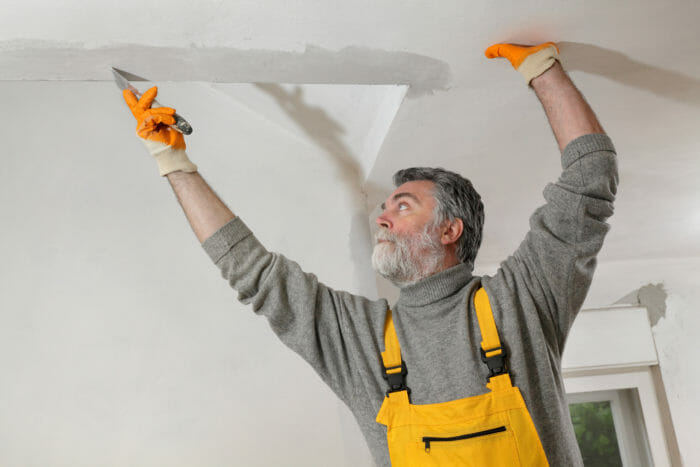 Ceiling Cracks: A Structural Warning Sign or Cosmetic? - Buyers Ask