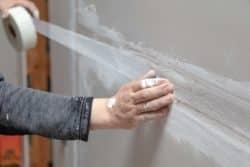 Taping drywall seam