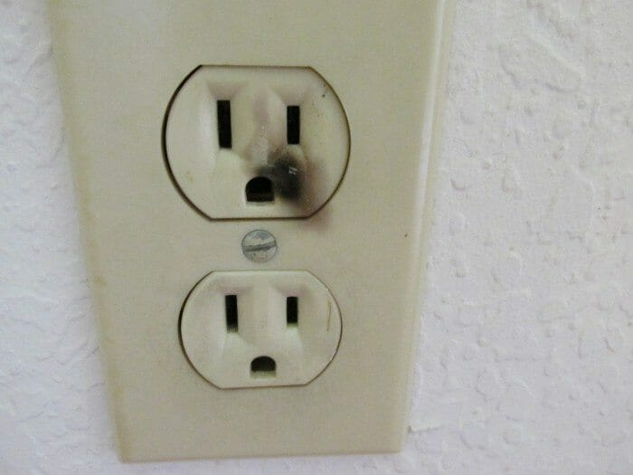 Smoke or burn marks on outlet