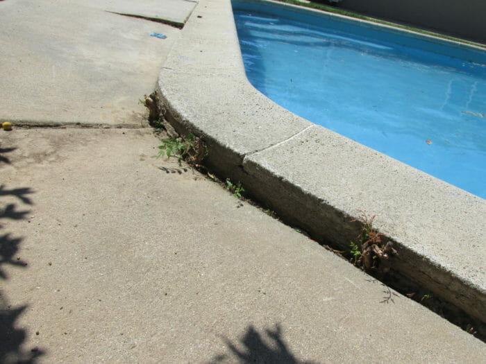 how to fix crack pool concrete