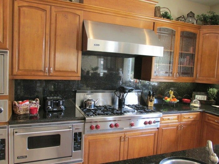 Kitchen Re Modelers, Appliance Technicians And Qualified Handymen.