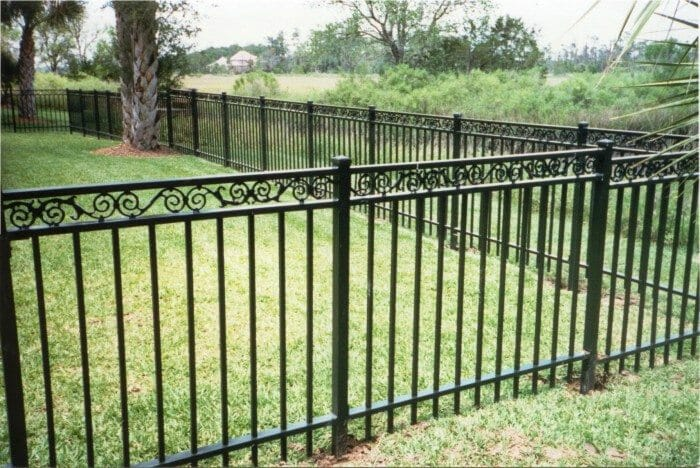 Metal Fences And Gates Rust And Damage Paint Repair Or