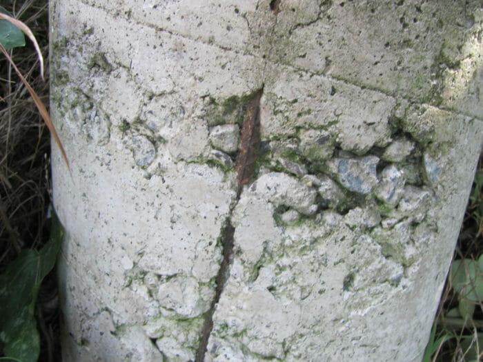 Rock pockets in concrete