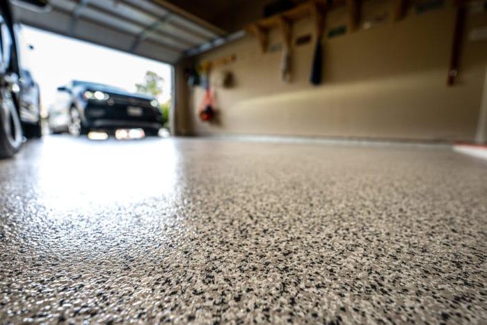 garage floor with epoxy coating